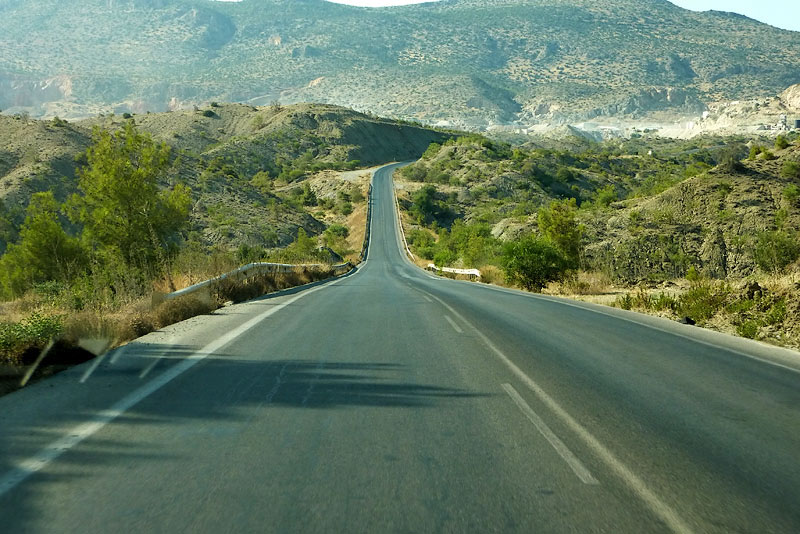 На дорогах Кипра действует левостороннее движение
