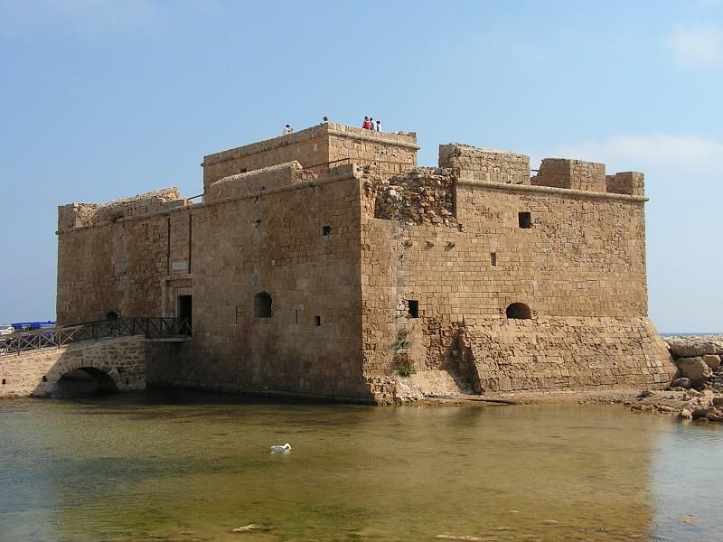 Пафосский замок - одна из основных достопримечательностей города