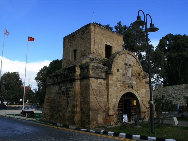 Киренийские ворота раньше использовались для связи с северными районами острова
