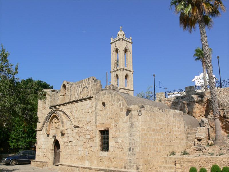 Церковь монастыря Айя-Напа посвящена Святой Деве Марии