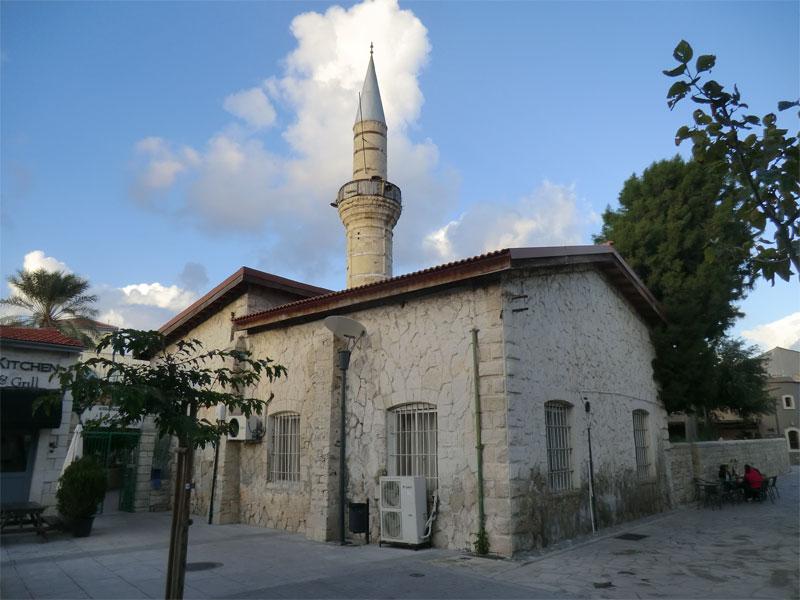 Джами Кебир - самая известная мусульманская мечеть в Лимассоле